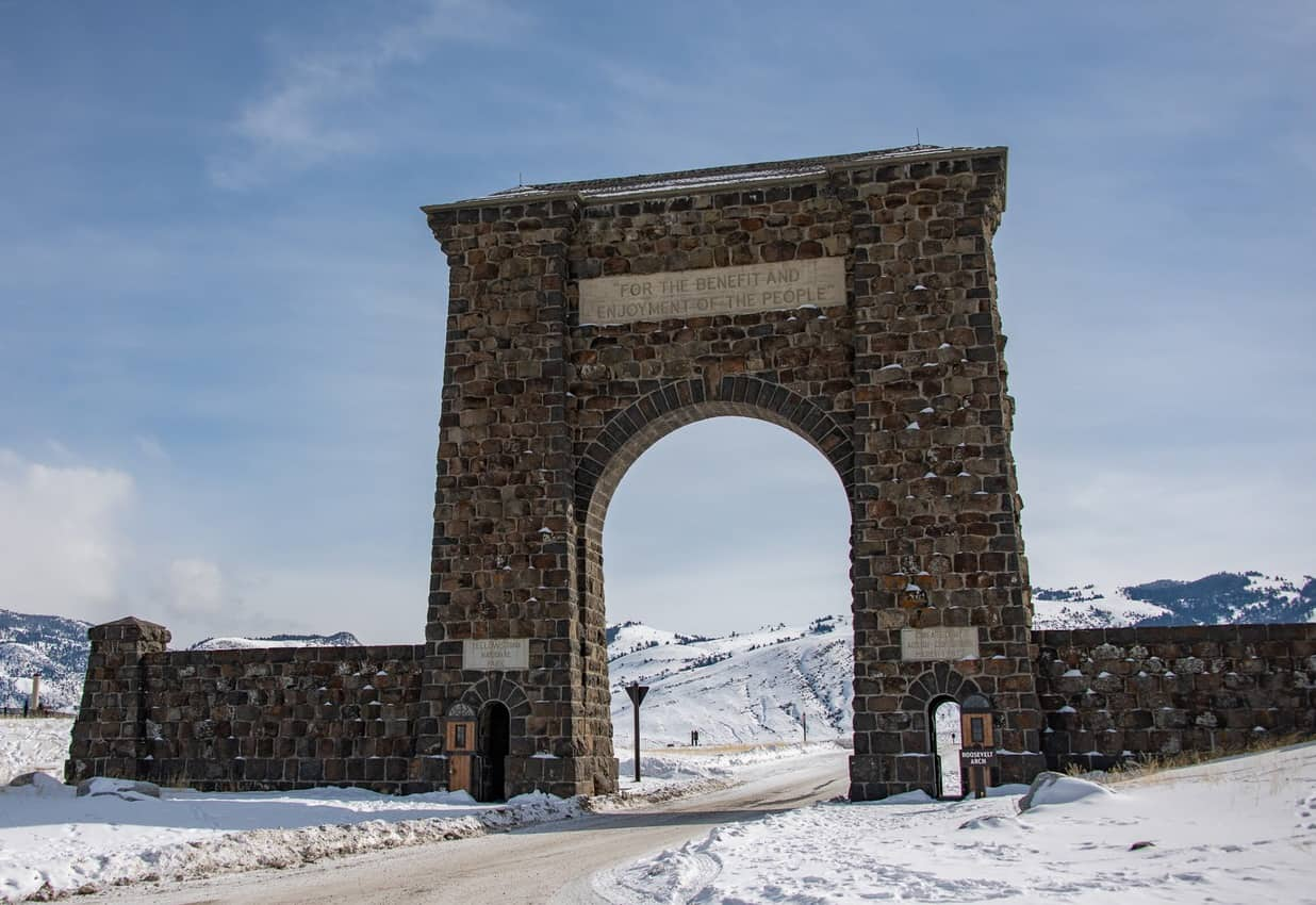 The Roosevelt Arch which sits at the north entrance to Yellowstone National Park, took six months to complete at a cost of $10,000 back in 1903. Today that cost would be around $250,000.