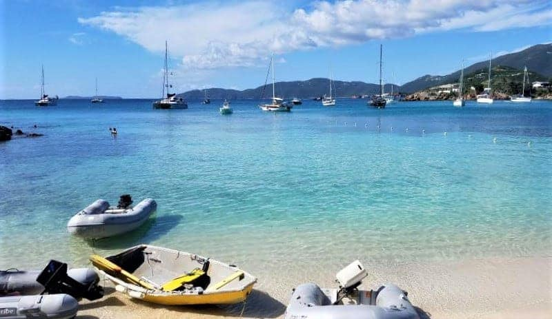 Boat Rentals on Honeymoon Beach on Water Island