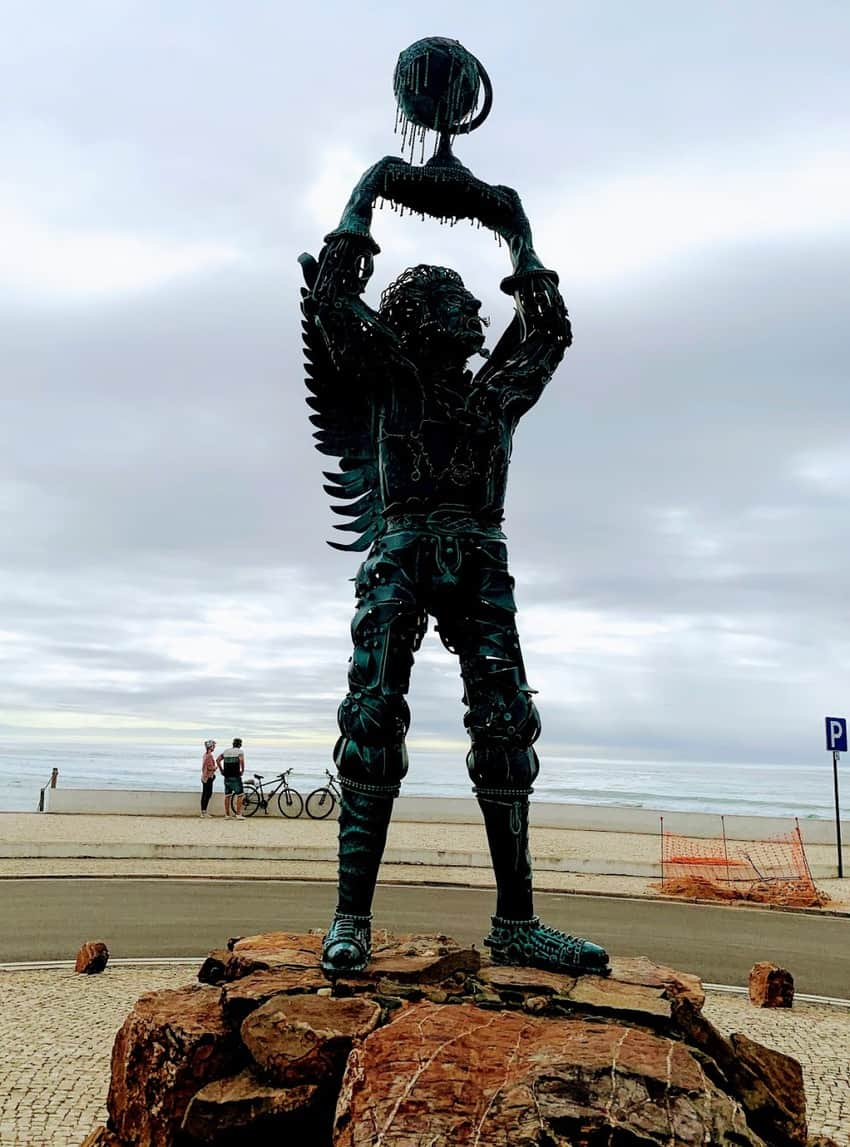 """The """"Archangel"""" an award-winning piece by artist Aguiar Aureliano in Milfontes depicting an ecological cry and warning about the planet degraded by the hand of humans."""