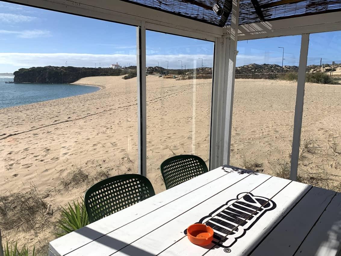Quebramar Milfontes cafe and restaurant located on the sand of the Praia da Franquia.
