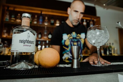 Gin-lovers will also appreciate The Gin House, which offers trained bartenders and more than 150 kinds of gin.