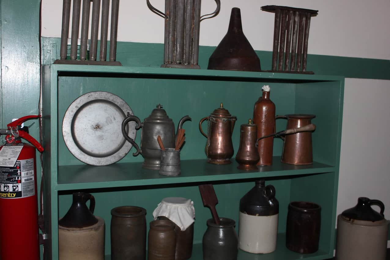 The kitchen of the slave quarters at Waveland.