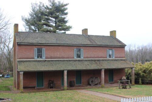 slave quarters at Waveland