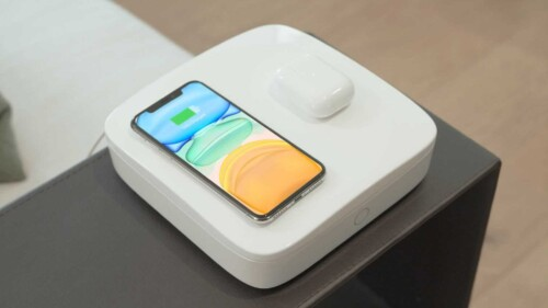 Mindus device Sanitizes and charges phones.
