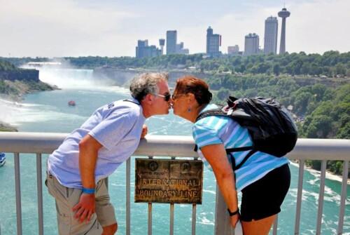 Niagara Falls Two Country Kiss