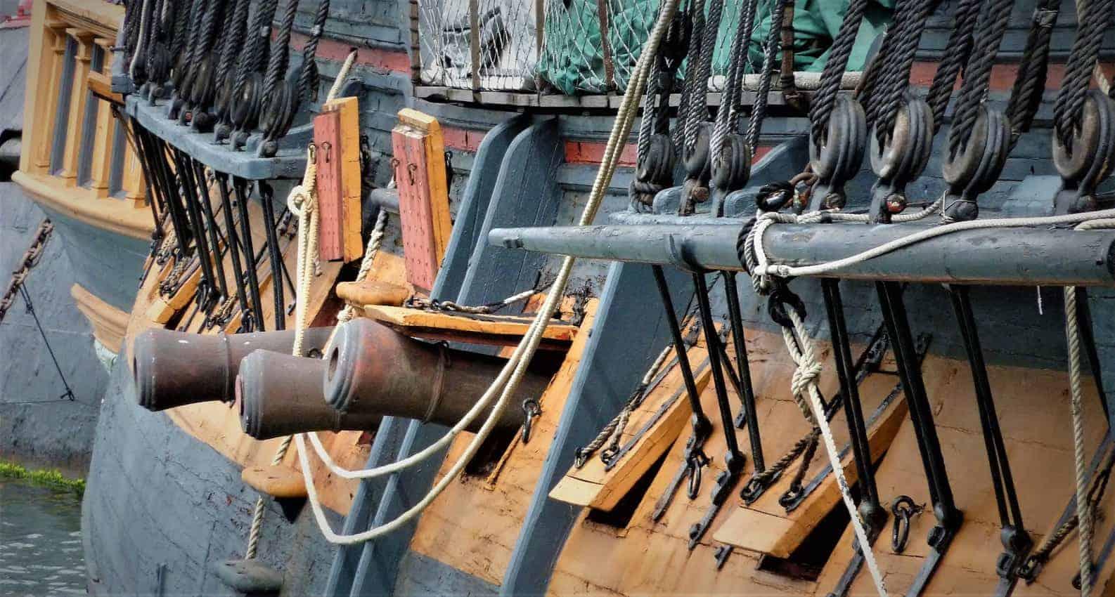 guns on the HMS Surprise