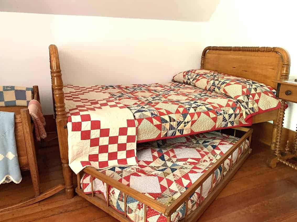 trundle bed in lighthouse
