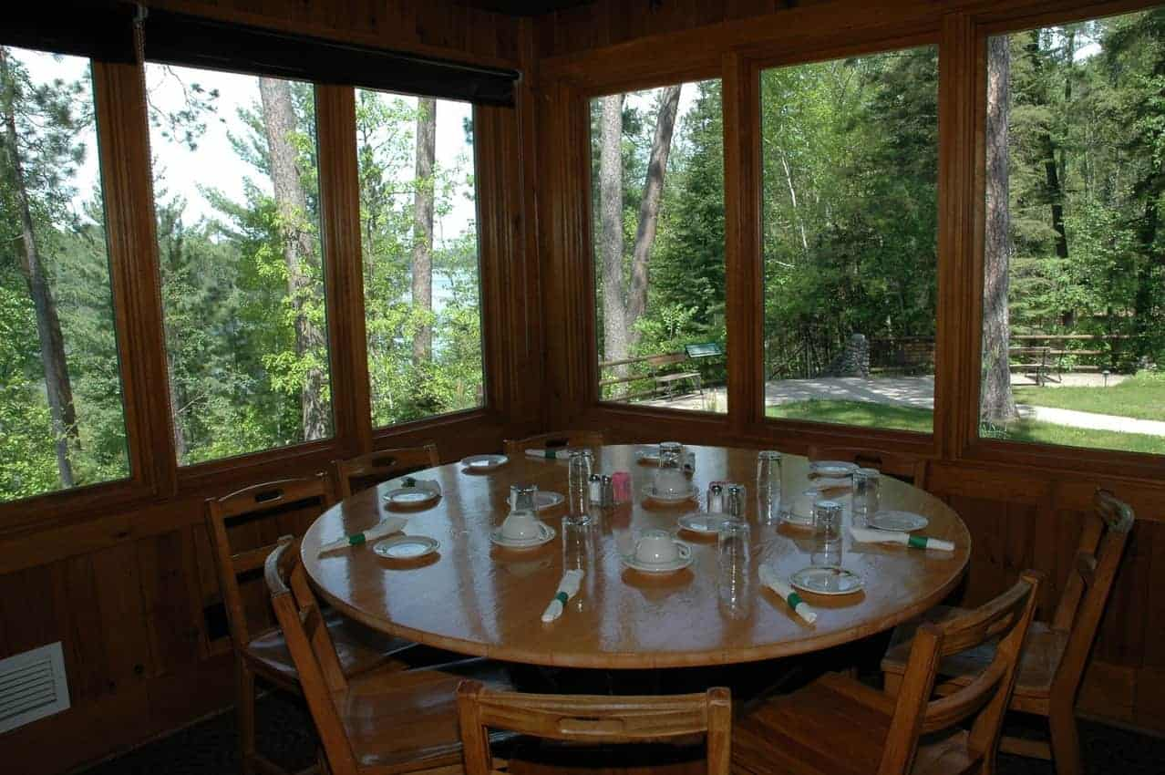 Itasca Douglas Lodge restaurant 02