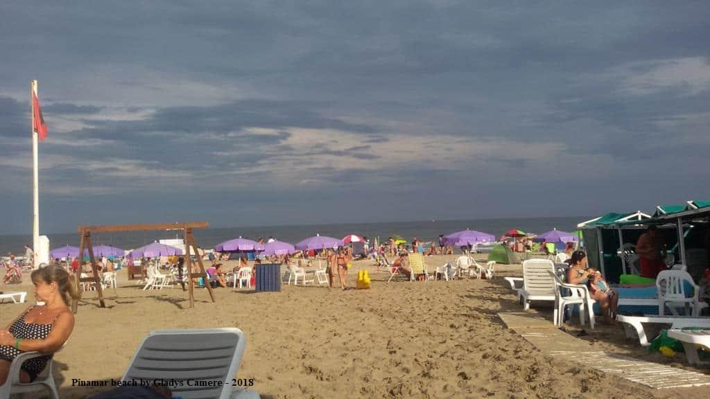 Pinamar beach by Gladys Camere 2018