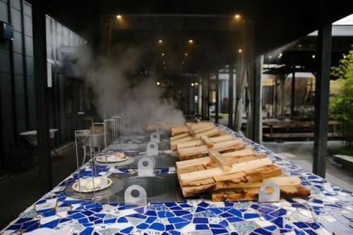 "Beppu City Kannawa's ""hell-steaming"" setup."