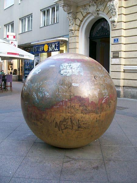 Grounded Sun, by Ivan Kožarić, in Zagreb. Suradnik13 photo.