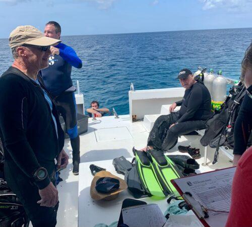 diving with the Louisville, KY gentlemen from the Van der Dijk Resort