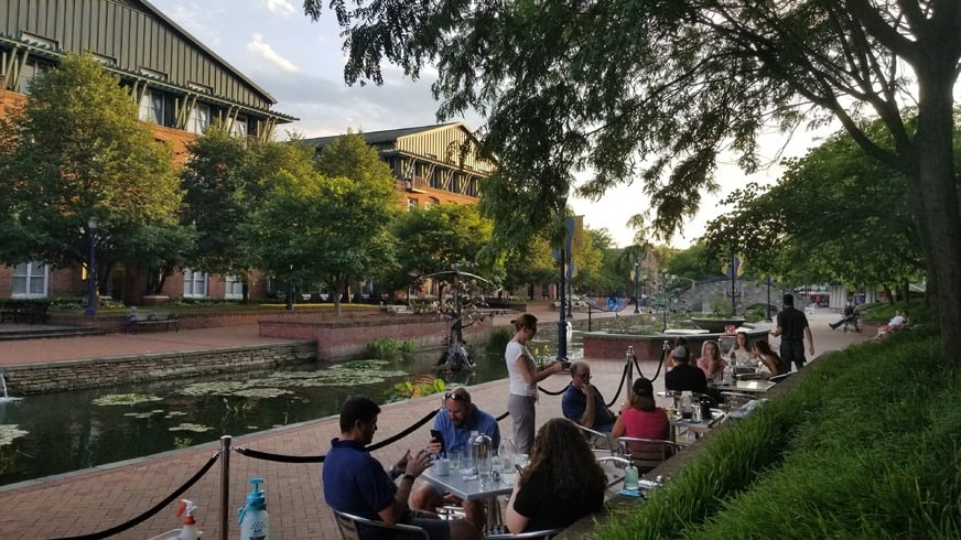 Outdoor Dining. Visit Frederick Photos.