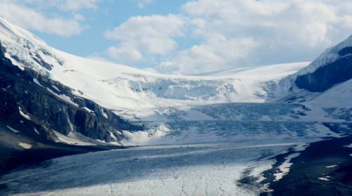 Golden Skybridge. Athabasca Glacier. Stefan Jürgensen photo.
