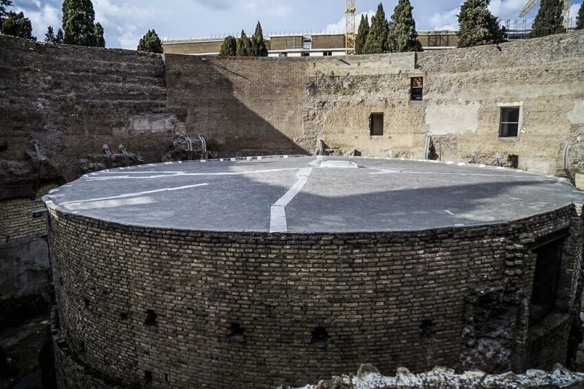 The original stage of the concert hall at the Mausoleum of Augustus in Rome. Marina Pascucci photos.