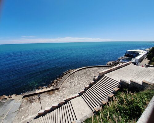 Just to the right of these steps is La Luna al Passetto restaurant - for the best mussels in the Le Marche region.