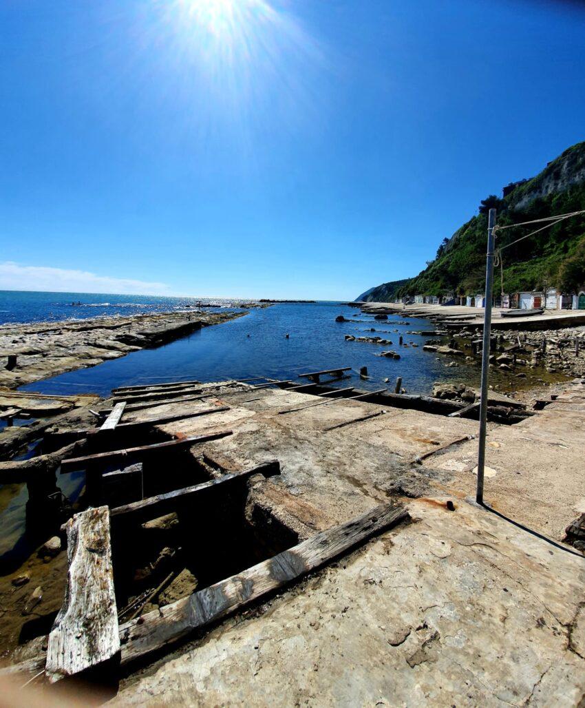 Shallow tidal pools along Passetto beach