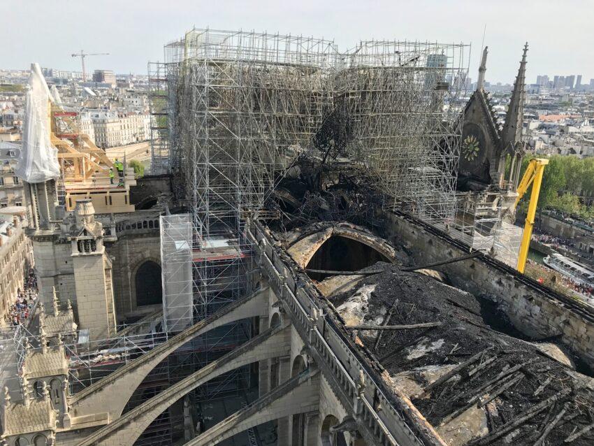 Post-fire exterior roof. Etablissement Public pour la restauration de Notre Dame de Paris Photos.