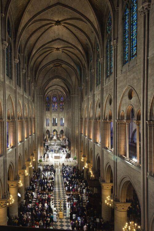 Pre-fire cathedral interior. Pascal Lemaitre Photos.
