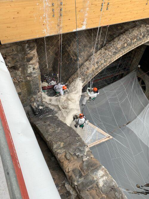 Reconstruction work. Friends of Notre Dame de Paris Photos.