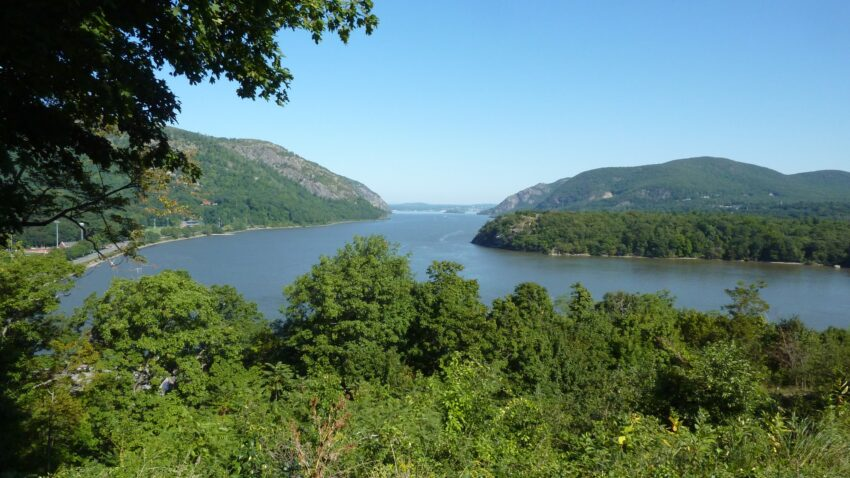 WEST POINT: The beautiful strategic bend in the Hudson River visible from Trophy Point.