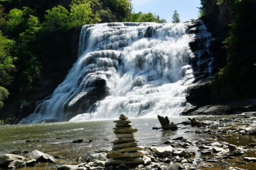 ithaca falls, center of Finger Lakes