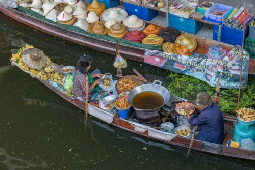 A closer look at the merchant boats of Damneon Market