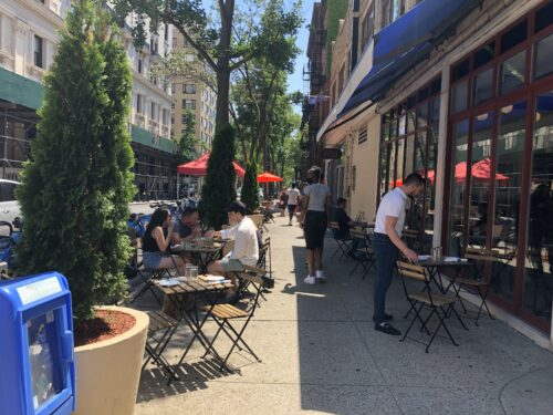 Outdoor dining on Hicks Street in Brooklyn Heights NY.