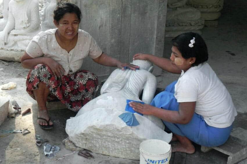 Mandalay polishing Buddha