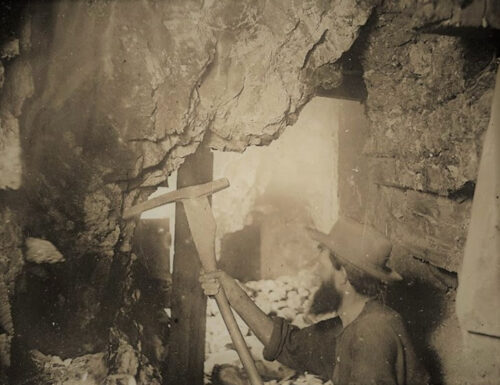 Old Miner photo at Comstock Gold Mill
