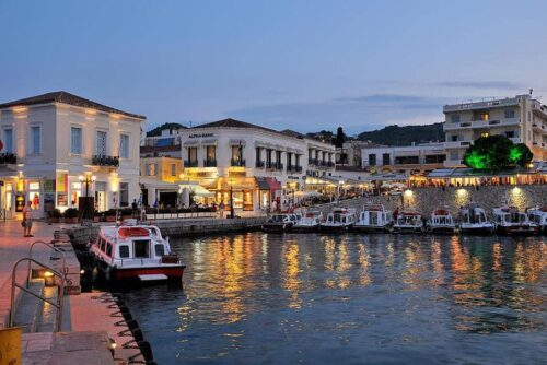 Seeing Spetses by Sailboat and Carriage